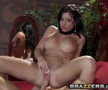 Videos porno x comendo a peituda bem cachorra