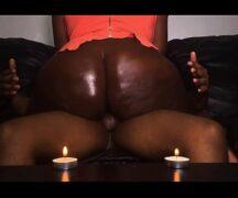 Gorda gostoza em sexo a luz de velas